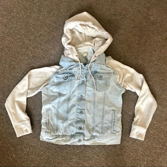 Levi's Jackets & Blazers - Levi's denim hybrid trucker jacket hooded zara gap